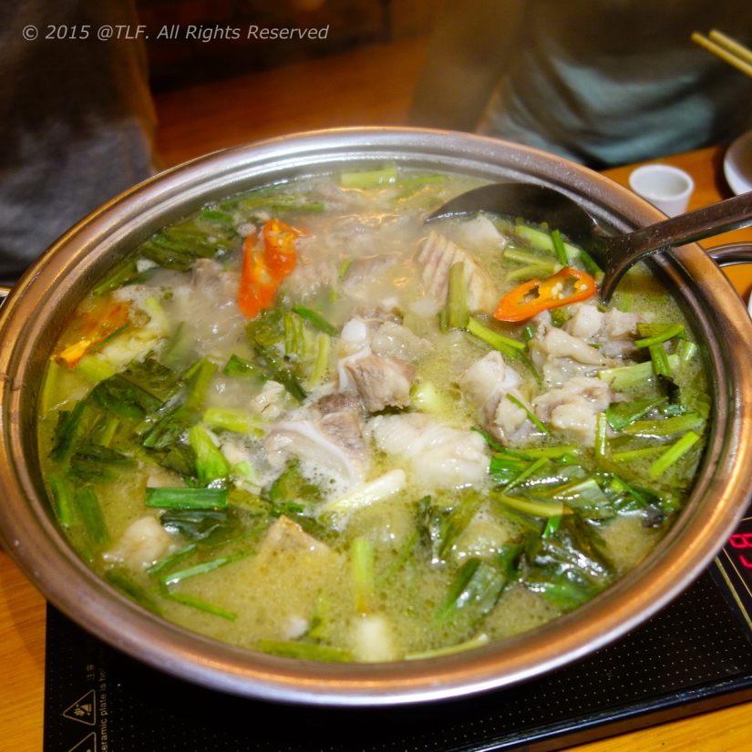 Pork Rip Tips with Dracontomelon Hot Pot ~ Lẩu Sườn Sụn om Sấu