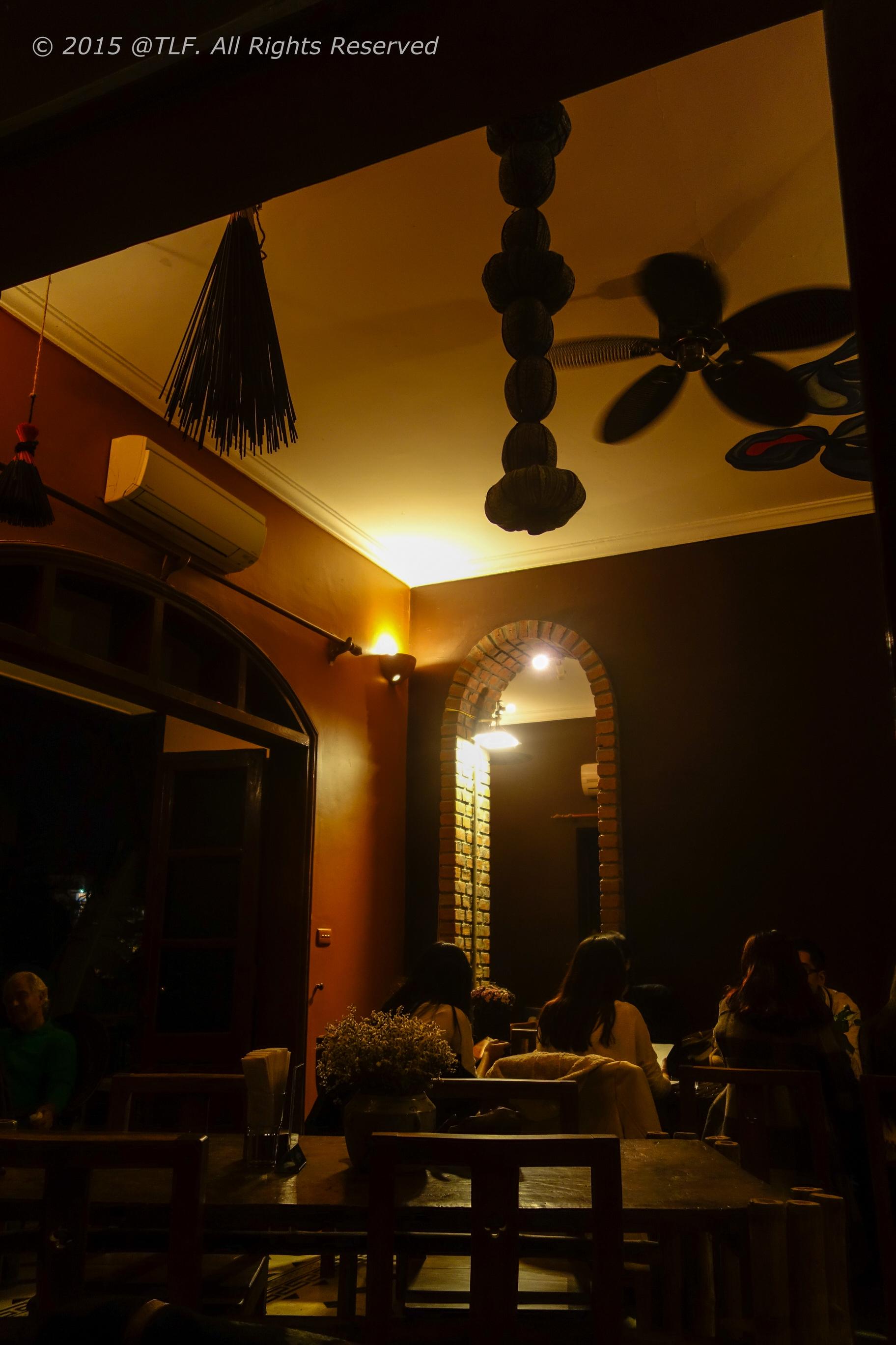 Maison de tet decor updated tho loves food for Decor maison
