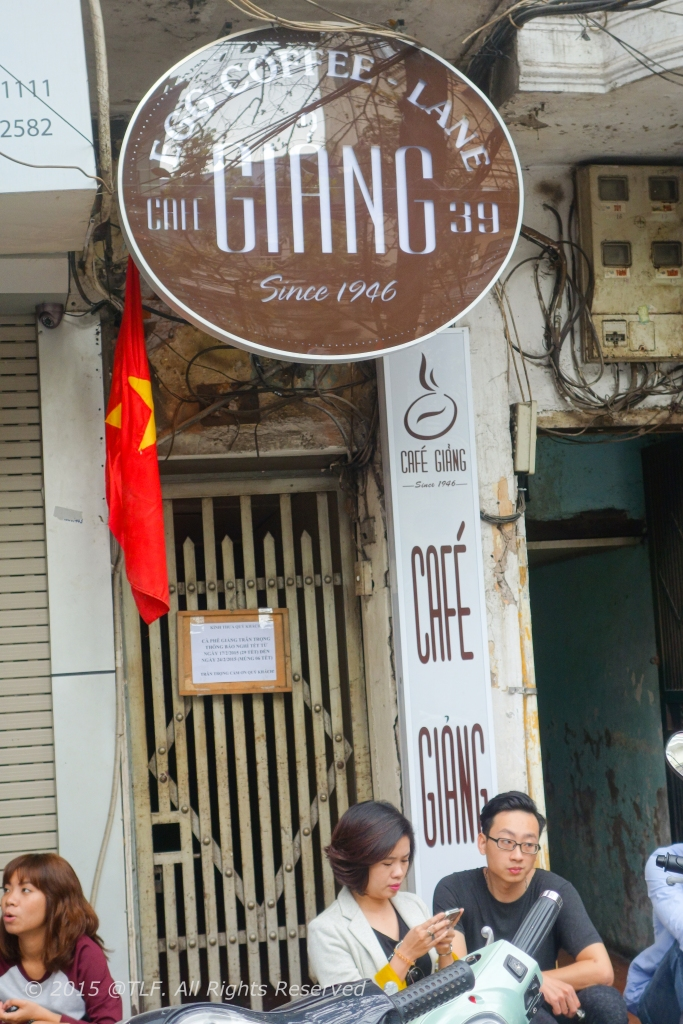 The front and signboard of Giang cafe at 39 Nguyen Huu Huan