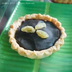 Coconut Tart with Chocolate