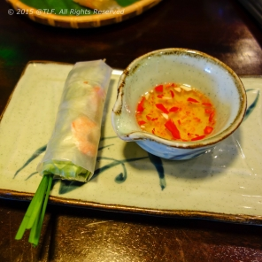 Nem tom kieu Hue (Hue style summer shrimp roll)