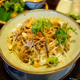 Bun Bo Nam Bo (Southern style rice noodle with beef, crushed peanuts)