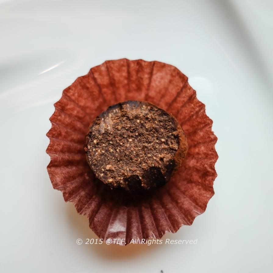 Tiramisu Chocolate (half)