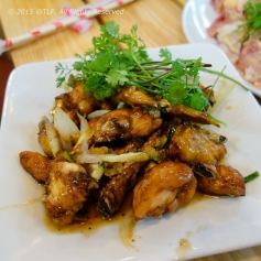 Canh Ga Chien Mam (Fried Chicken Wings with Fish Sauce Marinade)