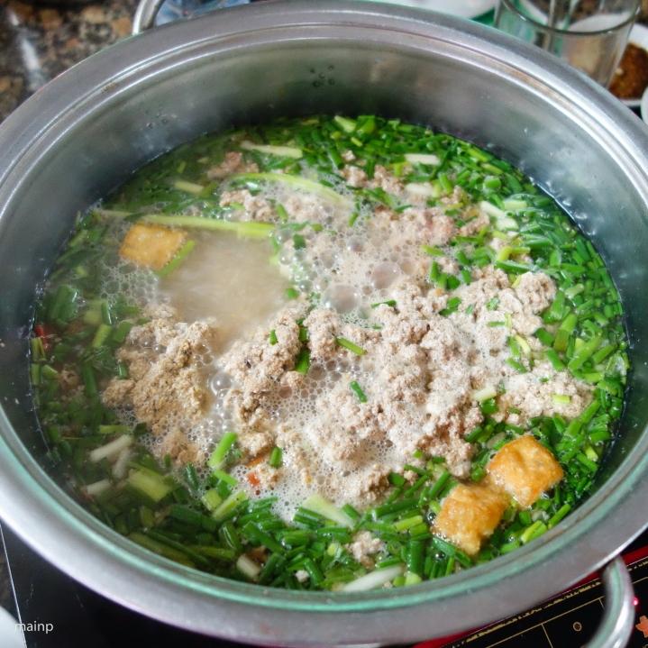 Crab paste hot pot (Lẩu cua đồng)