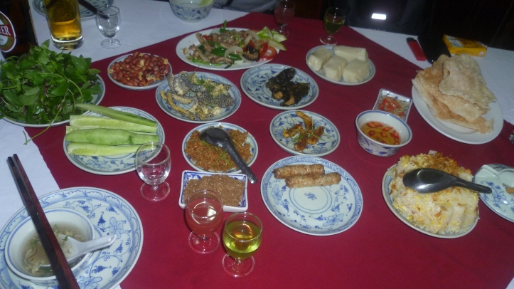 Snake Full Set (10 dishes) - Source: blog.tamtay.vn
