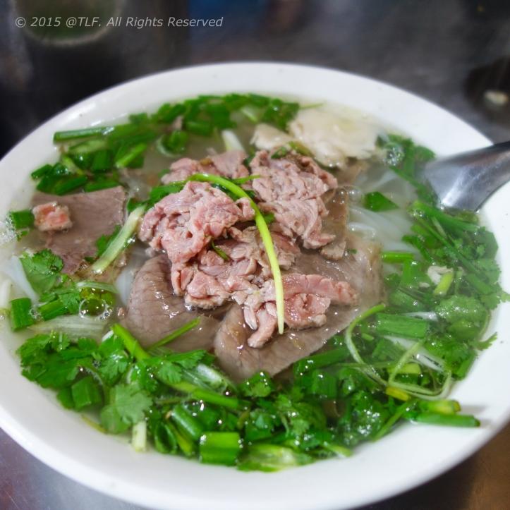 Pho Thin Bo Ho, 61 Dinh Tien Hoang