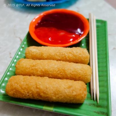 Pho mai que _ Fried cheese sticks
