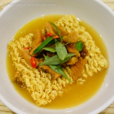 Pha Lau with Instant Noodles