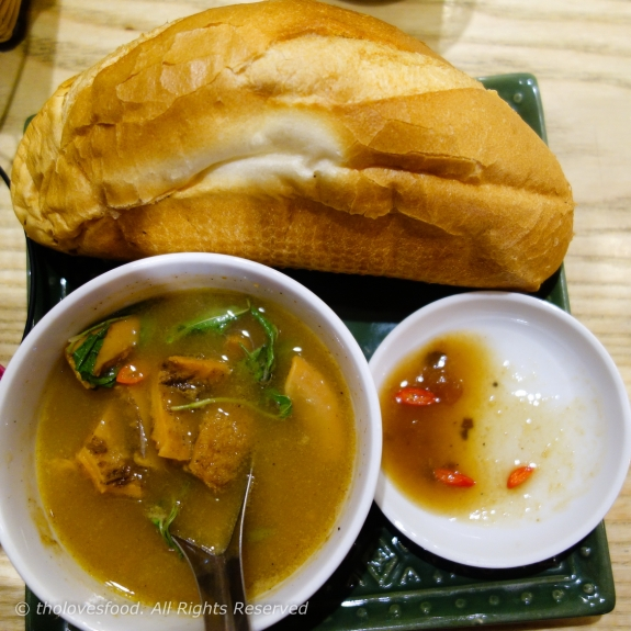 Pha Lau with Banh Mi (Bread)