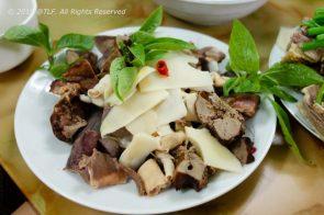 Long Ngan Luoc (Boiled Intestines)