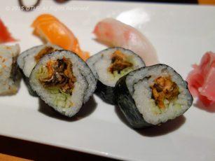 Grilled Salmon Skin Maki Roll, a version of British Columbia roll - Sushi cuon da ca hoi nuong muoi