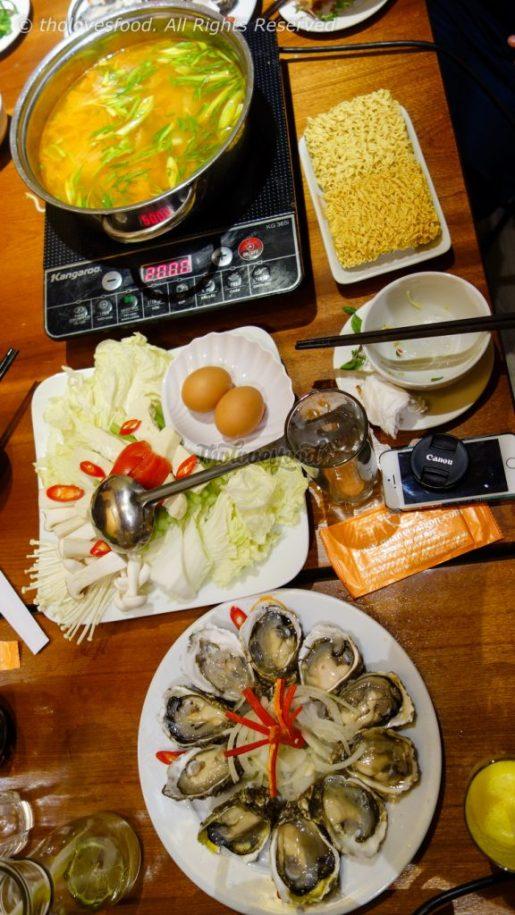 Baby Oyster Hot Pot - Lẩu Hàu Sữa